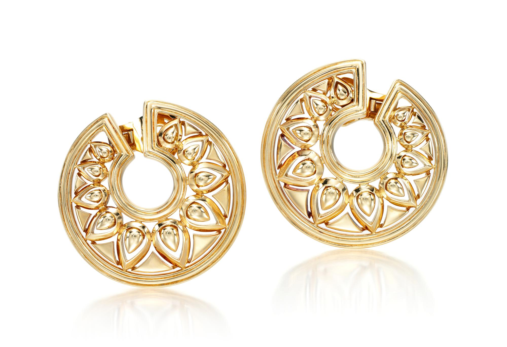 PAIR OF GOLD EAR CLIPS, 'TANJORE' | CARTIER