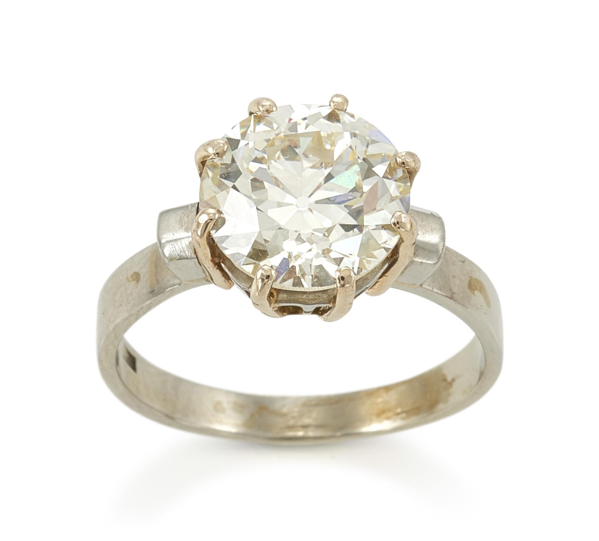 DIAMOND RING (SOLITARIO)