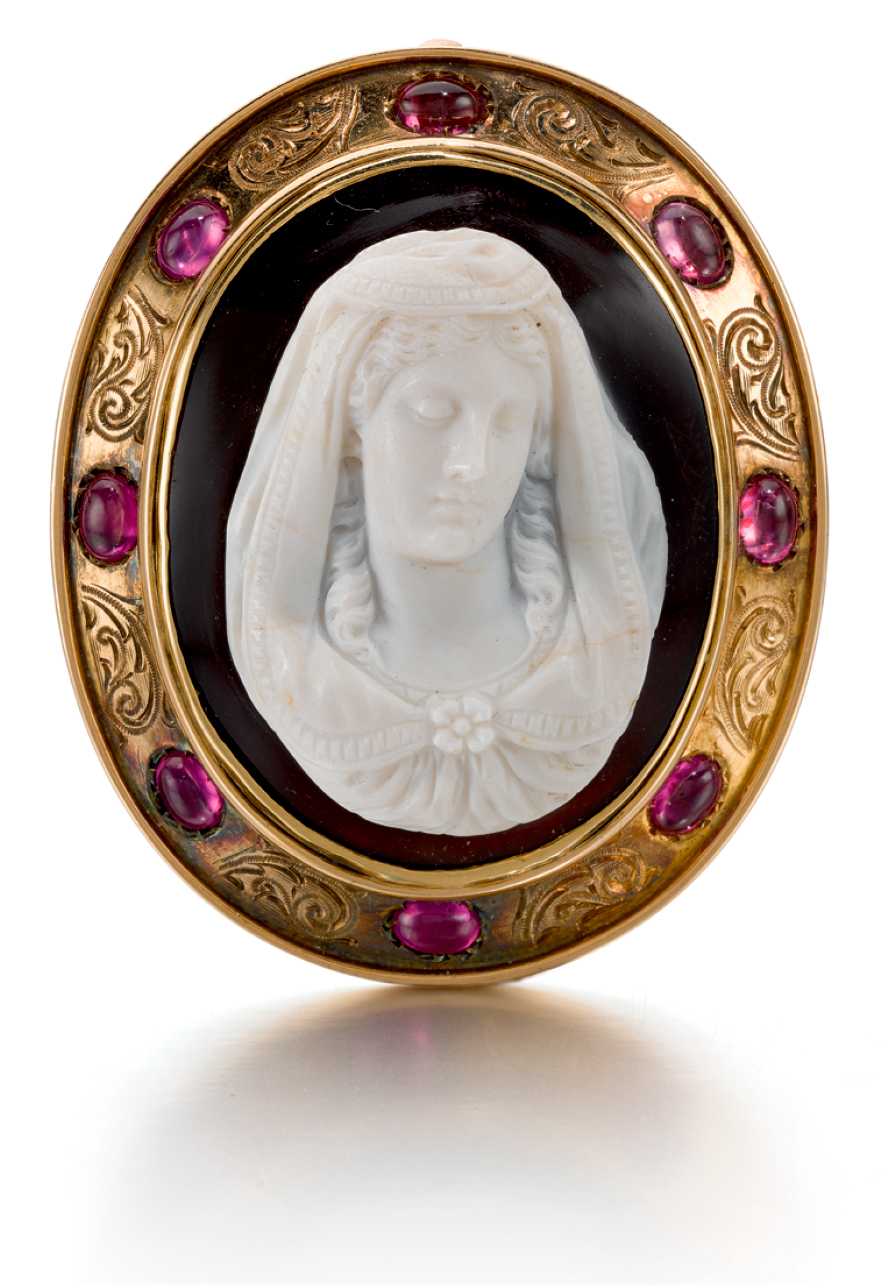 FRENCH OR ITALIAN, 19TH CENTURY | CAMEO WITH A BUST OF THE VIRGIN