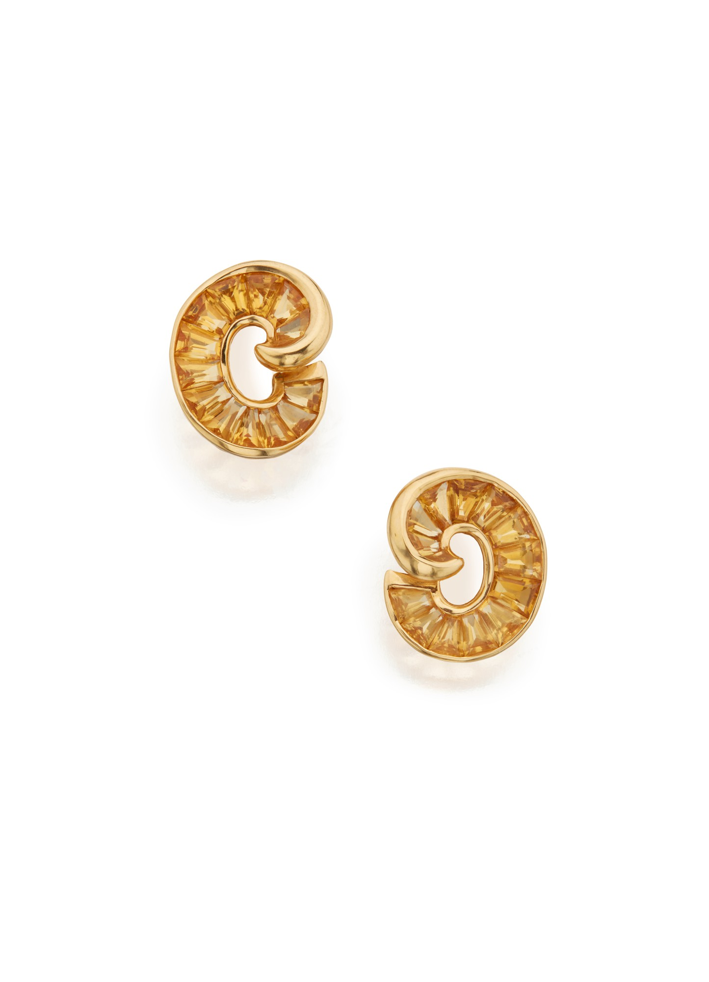 PAIR OF GOLD AND CITRINE EARCLIPS, VERDURA