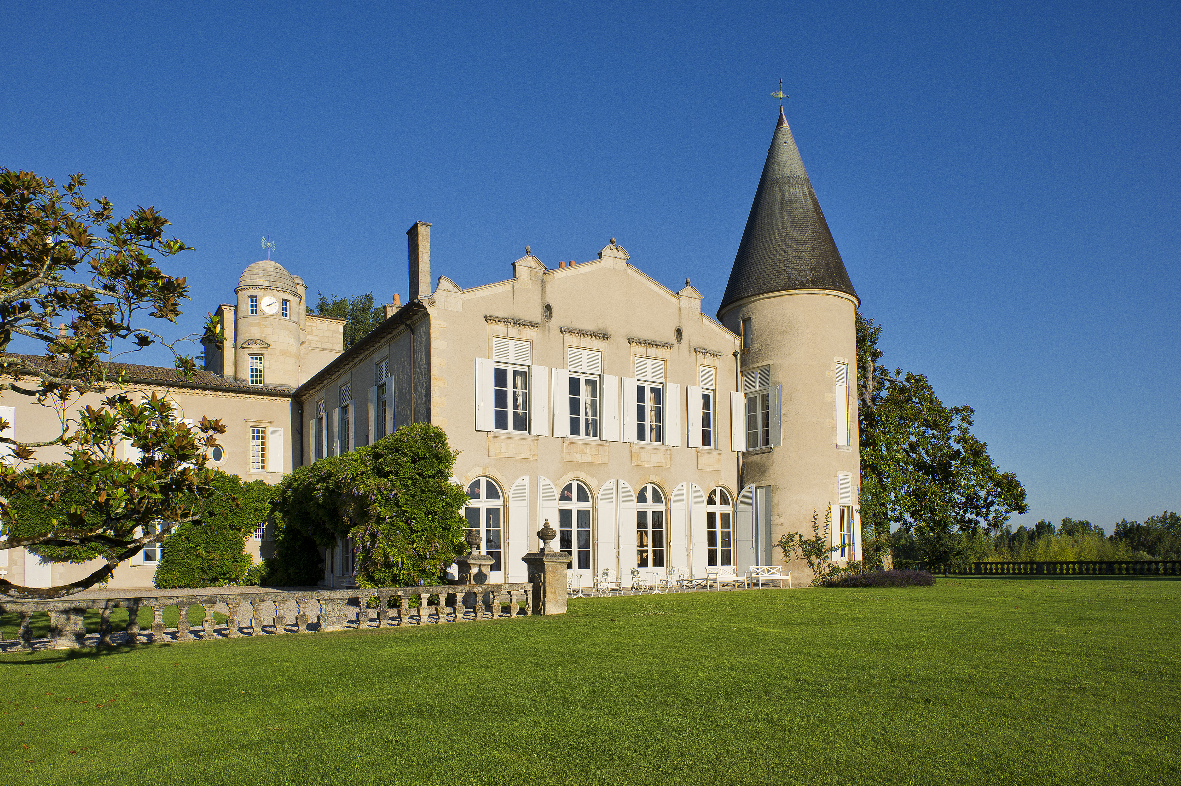 View full screen - View 1 of Lot 34. Château Lafite 2001  (2 MAG).