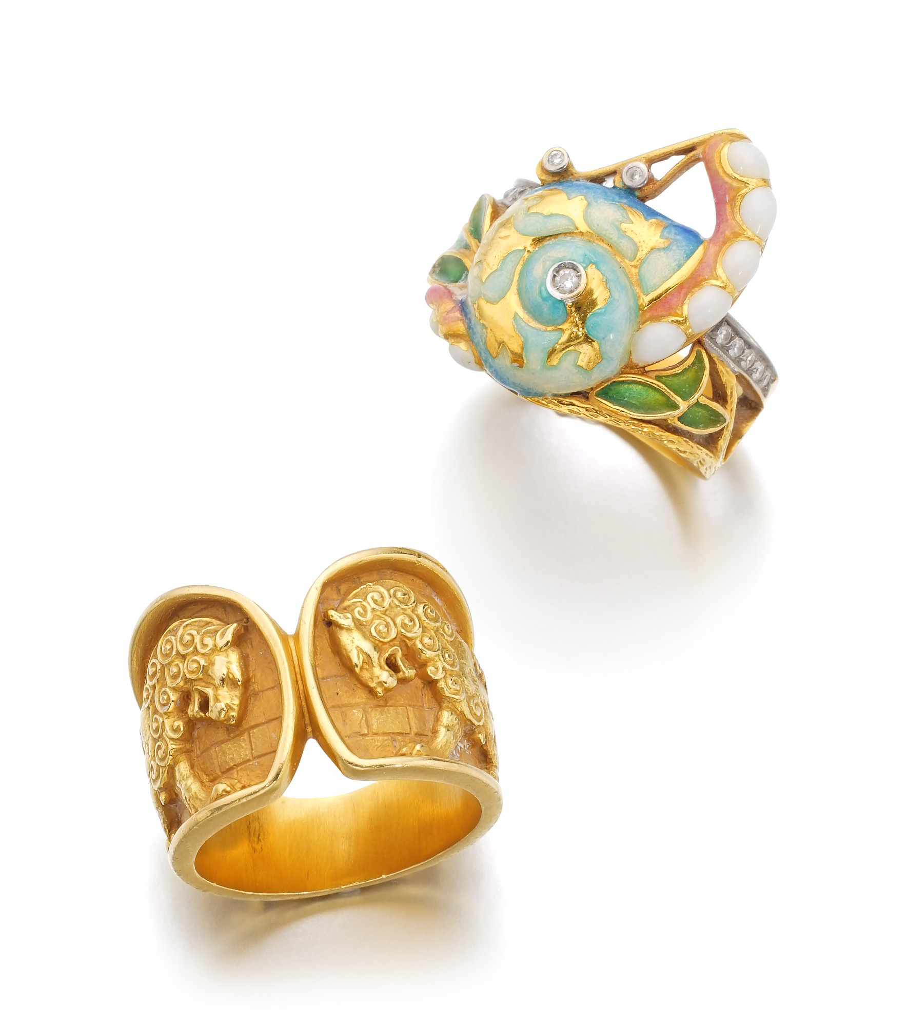 ENAMEL AND DIAMOND RING AND A GOLD RING | MASRIERA