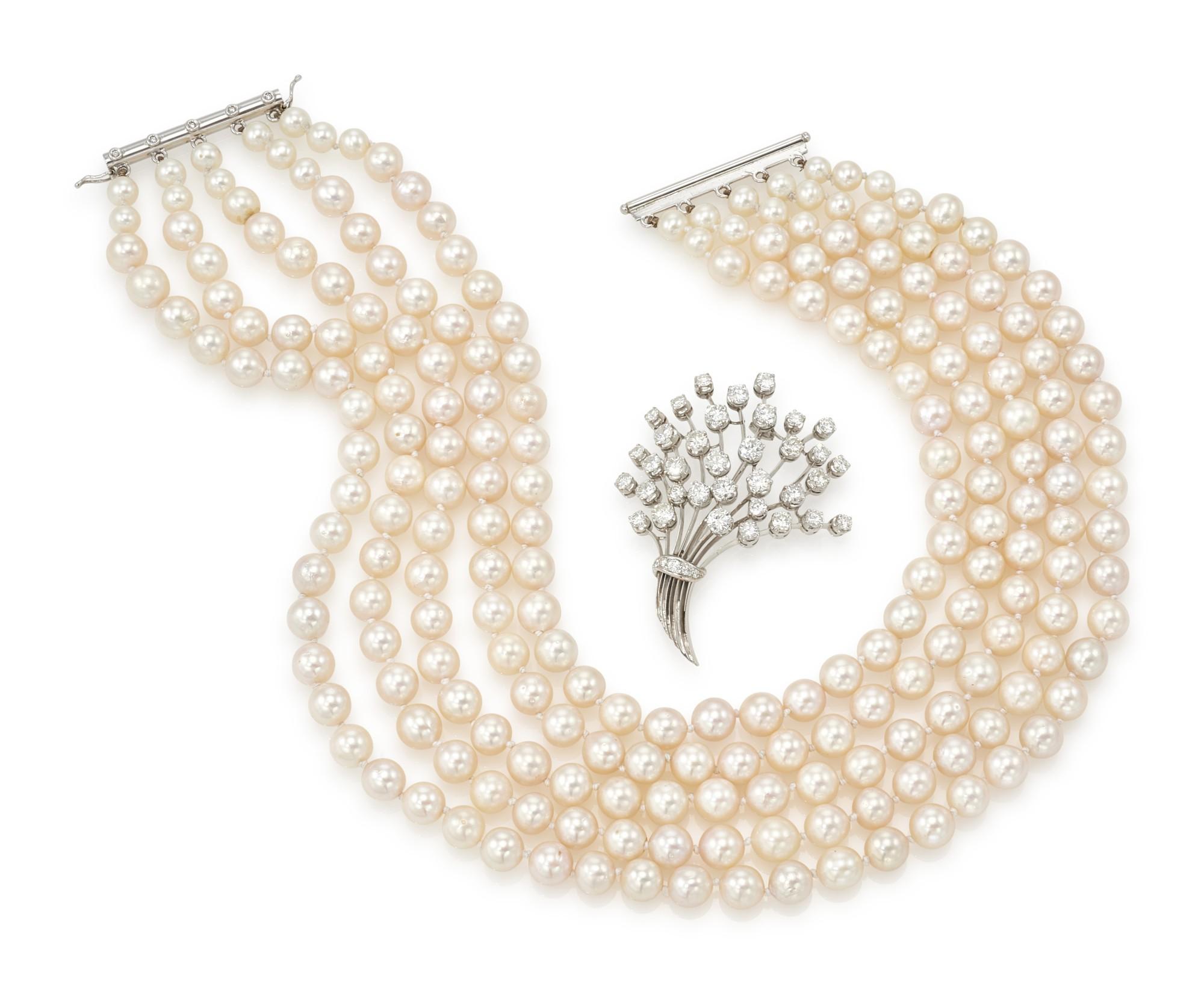 DIAMOND AND CULTURED PEARL NECKLACE AND A DIAMOND BROOCH (COLLANA DI PERLE E DIAMANTI ED UNA SPILLA IN DIAMANTI)