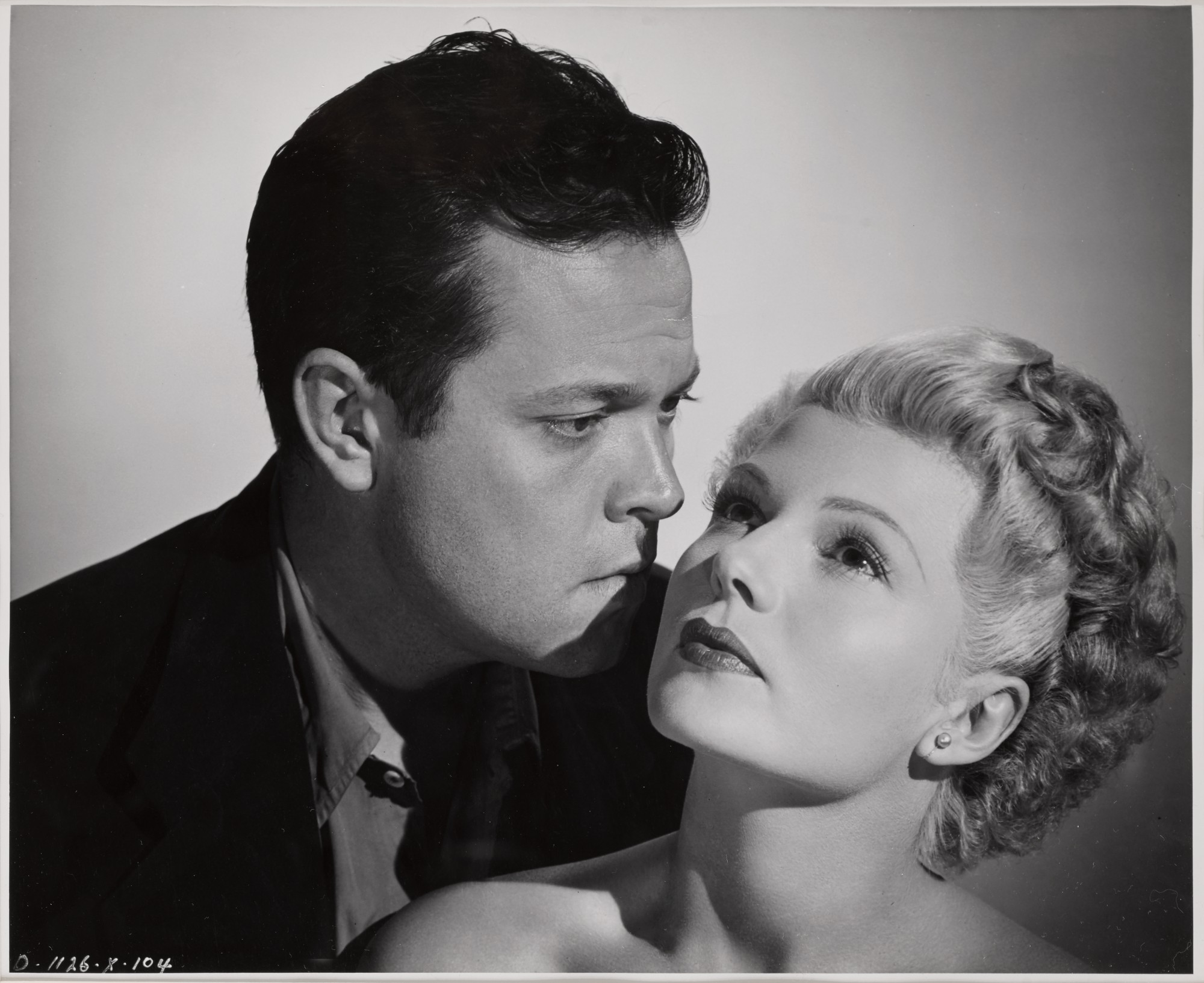 THE LADY FROM SHANGHAI (1948) PRODUCTION STILL, US