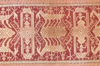 """View 7. Thumbnail of Lot 4. Deux tissus cérémoniels """"à jonques"""" tampan, Lampung, Sumatra, Indonésie, début du 20e siècle   Two ceremonial """"ship clothes"""" tampan, Lampung, Sumatra, Indonesia, early 20th century."""