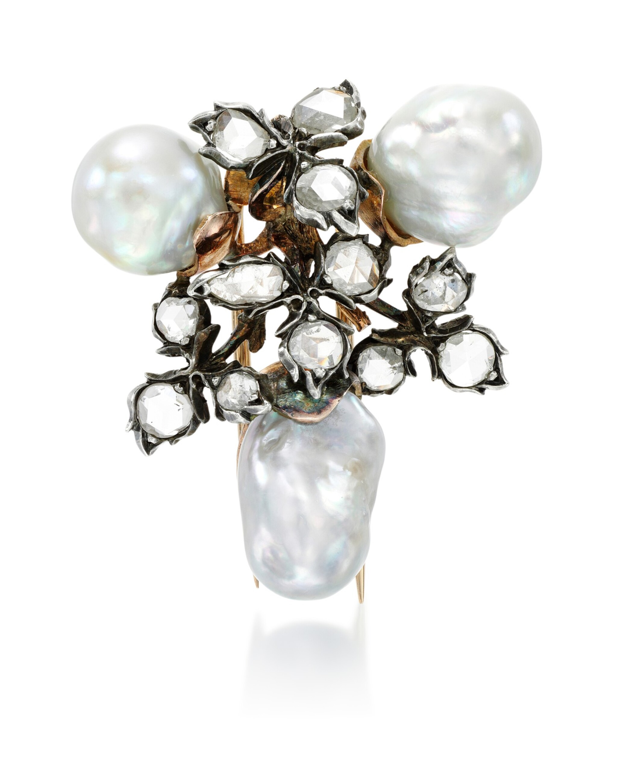 View full screen - View 1 of Lot 259. BUCCELLATI | PEARL AND DIAMOND BROOCH.
