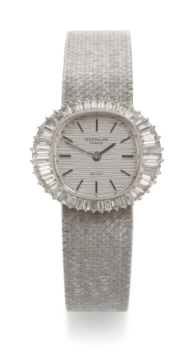 PATEK PHILIPPE | RETAILED BY BEYER, REFERENCE 3393/1  WHITE GOLD DIAMOND-SET BRACELET WATCH, MADE IN 1970