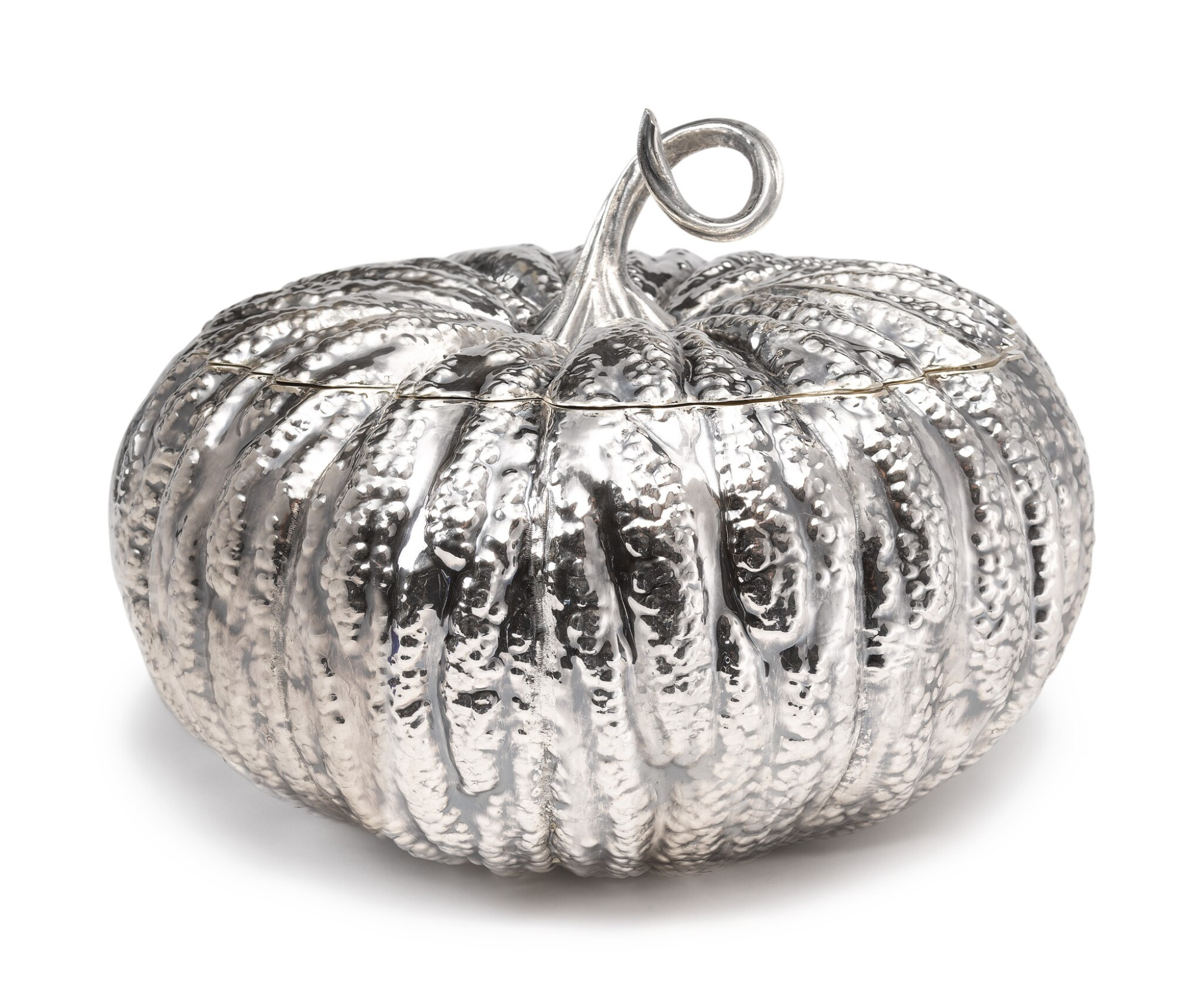 View full screen - View 1 of Lot 232. AN ITALIAN SILVER PUMPKIN-FORM TUREEN AND COVER, BUCCELLATI, MILAN, SECOND HALF 20TH CENTURY.