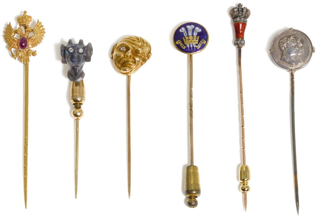 A GROUP OF SIX SCARF PINS, LATE 19TH/20TH CENTURY