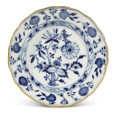 """View 3. Thumbnail of Lot 40. A Meissen """"Onion"""" pattern blue and white part dinner service, circa 1900."""