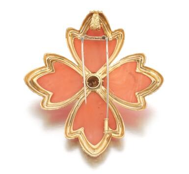 View 3. Thumbnail of Lot 621. Van Cleef & Arpels | Coral and diamond brooch/pendant, 1970s | 梵克雅寶 | 珊瑚配鑽石別針/吊墜,1970年代.