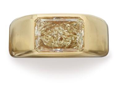View 1. Thumbnail of Lot 370. GOLD AND COLORED DIAMOND RING, BULGARI.