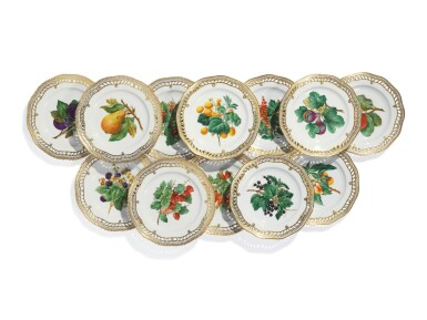 TWENTY-TWO ROYAL COPENHAGEN RETICULATED FRUIT PLATES, LATE 19TH CENTURY AND LATER