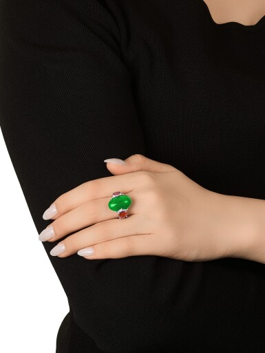 View 3. Thumbnail of Lot 1733. Jadeite, Spinel and Diamond Ring   天然翡翠 配 尖晶石 及 鑽石 戒指.
