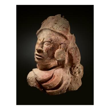 MAYA STUCCO BUST OF A DIGNITARY LATE CLASSIC, CIRCA AD 550 - 950
