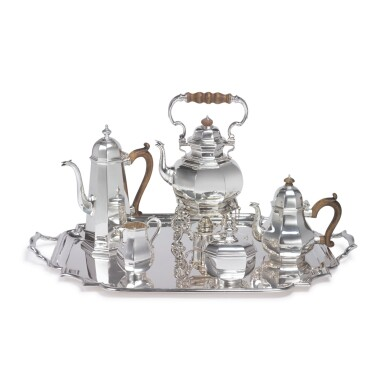 A FOUR-PIECE ENGLISH SILVER TEA AND COFFEE SET WITH SIMILAR TRAY, JAMES ROBINSON AND ROBERT STEWART, LONDON, 1985 AND 1921