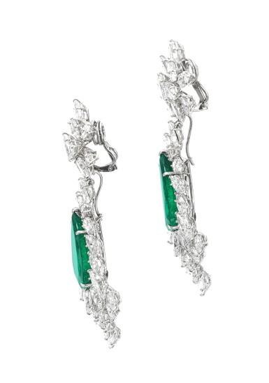 View 2. Thumbnail of Lot 172.  Harry Winston | Pair of emerald and diamond pendent ear clips, 1970s | 海瑞溫斯頓 | 祖母綠配鑽石耳墜一對,1970年代.