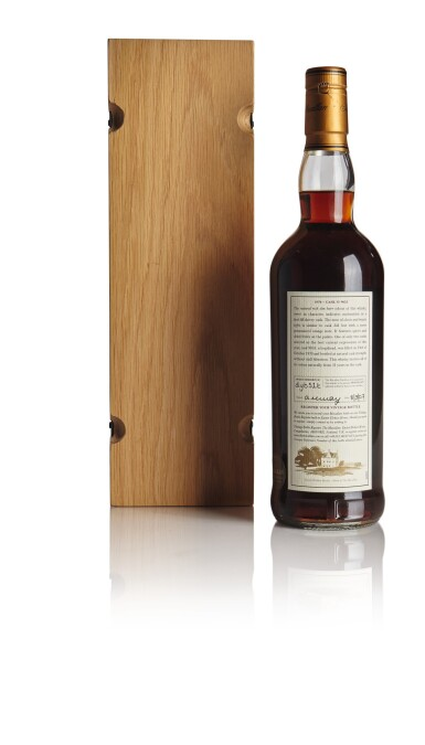THE MACALLAN FINE & RARE 31 YEAR OLD 52.4 ABV 1970