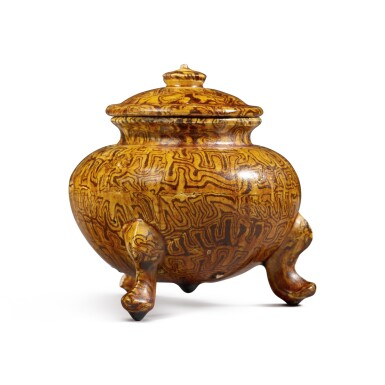 View 4. Thumbnail of Lot 175. A rare amber-glazed marbled pottery tripod jar and cover, Tang dynasty | 唐 琥珀釉絞胎三足蓋爐.