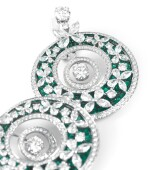 PAIRE DE BOUCLES D'OREILLE ÉMERAUDES ET DIAMANTS, GRAFF | PAIR OF EMERALD AND DIAMOND EARRINGS, GRAFF