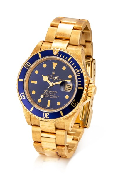 View 2. Thumbnail of Lot 8017. ROLEX | SUBMARINER REFERENCE 16618 | A YELLOW GOLD WRISTWATCH WITH DATE AND BRACELET, CIRCA 1990  | 勞力士 | Submariner 型號16618 黃金鏈帶腕錶,備日期顯示,約1990年製.