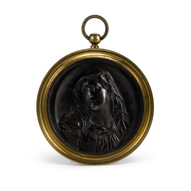 A FRENCH BRONZED LEAD MEDALLION WITH A BUST OF THE VIRGIN, 18TH CENTURY