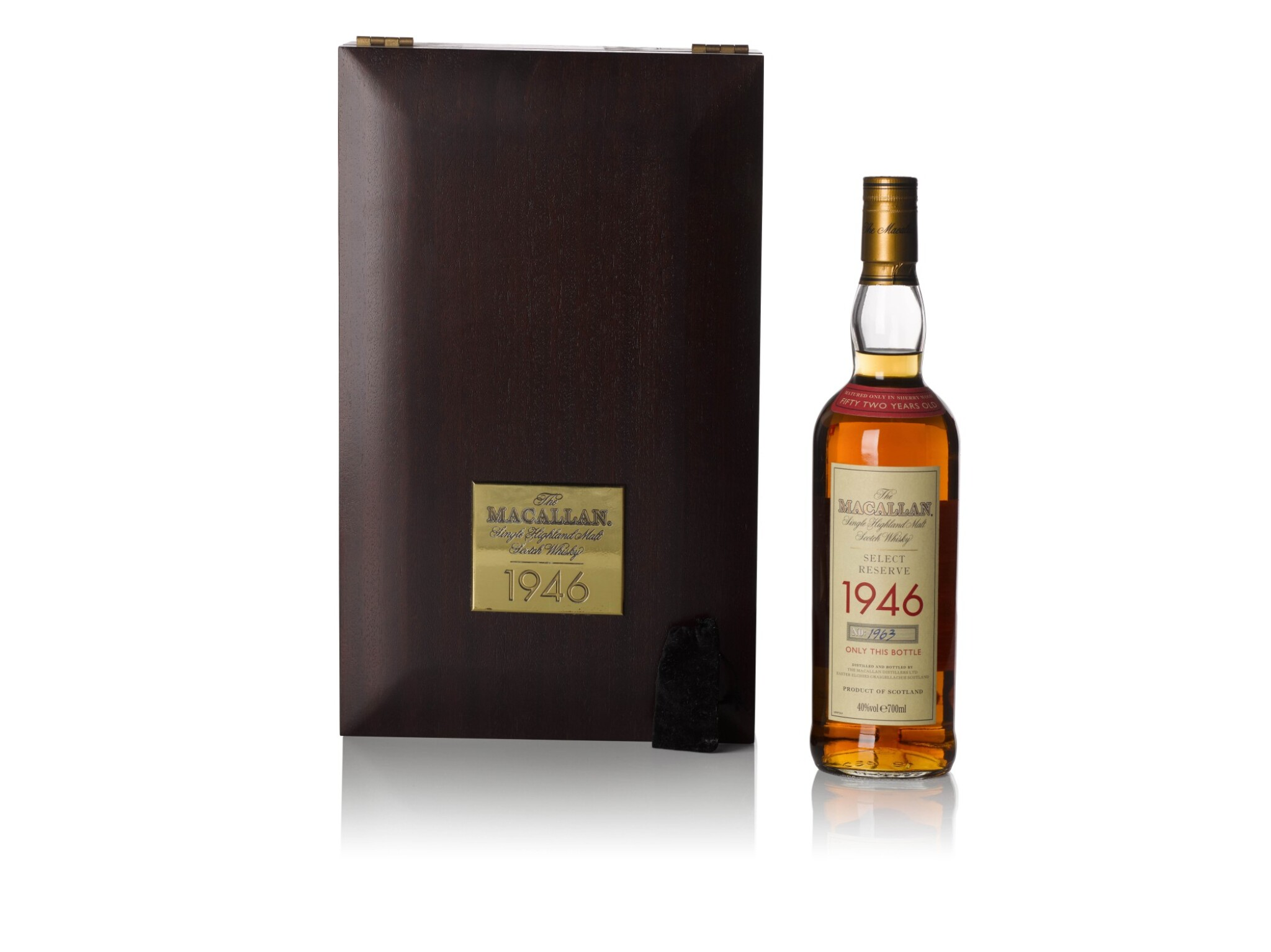 View full screen - View 1 of Lot 290. The Macallan Select Reserve 52 Years Old 40.0 ABV 1946.