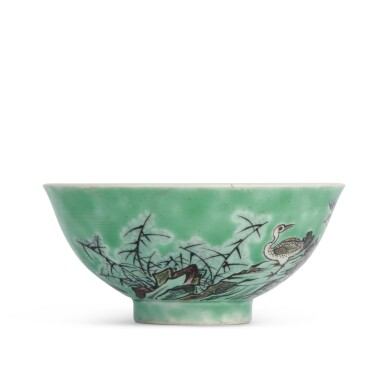 View 2. Thumbnail of Lot 202. A biscuit-glazed famille-verte 'ducks' bowl, 20th century | 二十世紀 素三彩鴛鴦蘆葦圖盌 《大清康熙年製》仿款.