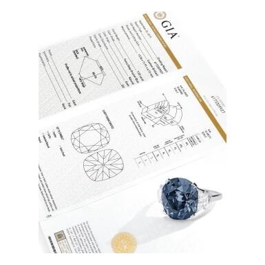View 4. Thumbnail of Lot 500. 'THE INDIAN BLUE,' AN ENCHANTING FANCY DEEP GRAYISH BLUE DIAMOND AND DIAMOND RING | 深彩灰藍色鑽石配鑽石戒指.