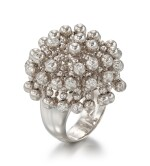 WHITE GOLD AND DIAMOND RING, 'PERRUQUE', CARTIER | K白金 配 鑽石 戒指, 'Perruque', 卡地亞(Cartier)