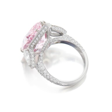 View 4. Thumbnail of Lot 134. An Exquisite Fancy Pink Diamond and Diamond Ring.