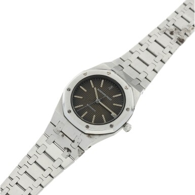 View 6. Thumbnail of Lot 112. REFERENCE 4100 ROYAL OAK A STAINLESS STEEL AUTOMATIC WRISTWATCH WITH DATE AND BRACELET, CIRCA 1975.