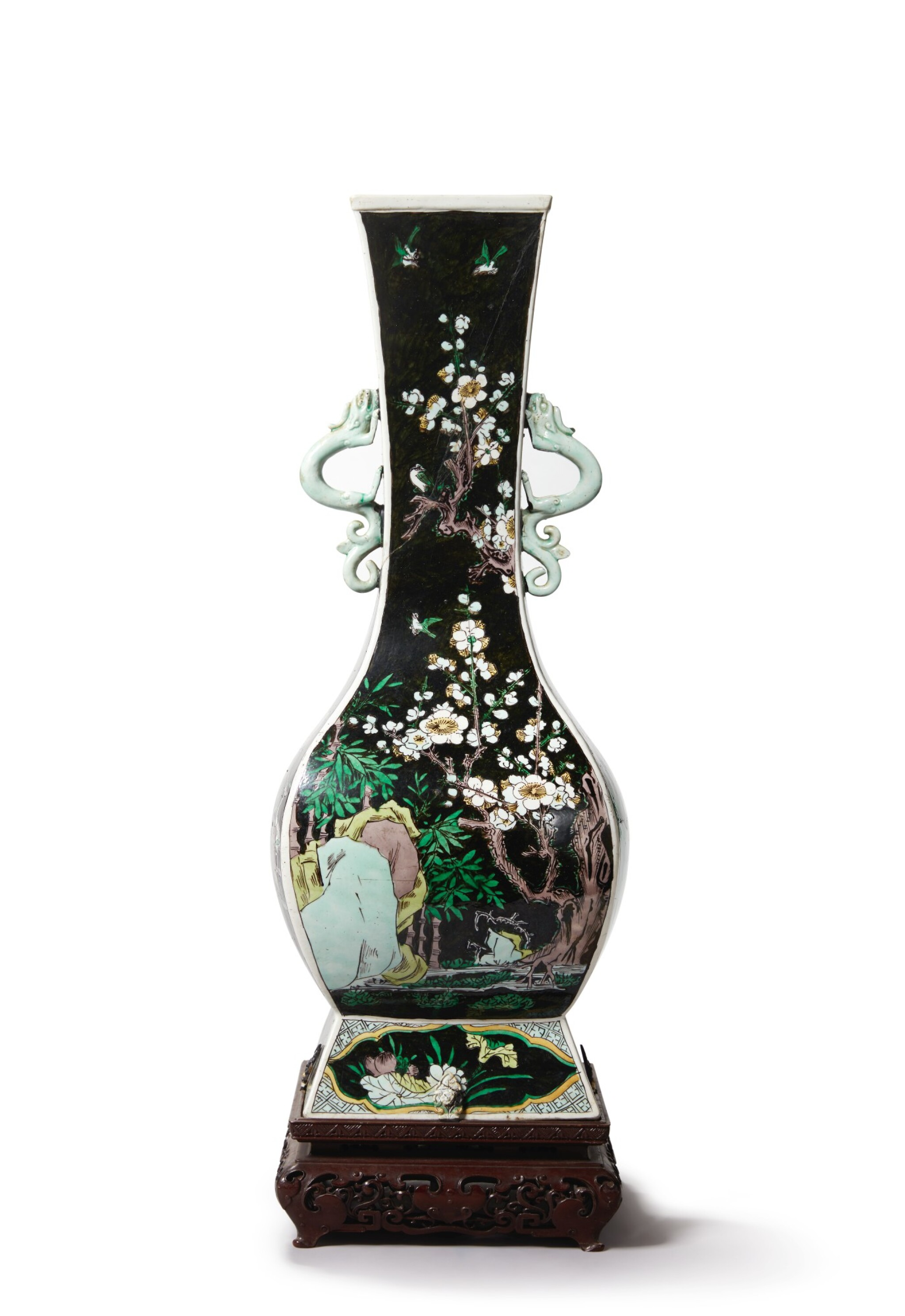 View full screen - View 1 of Lot 1032.  A FAMILLE-NOIRE 'FLORAL' FANGHU-FORM VASE, QING DYNASTY, 19TH CENTURY.