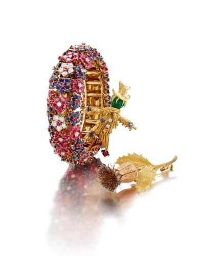 View 2. Thumbnail of Lot 1665. 'Scarecrow' Gold, Gem Set and Diamond Brooch, 1960s | 梵克雅寶 | 'Scarecrow' K金 配 寶石 及 鑽石 胸針, 1960年代.