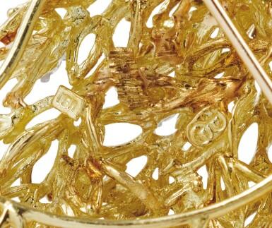 View 3. Thumbnail of Lot 65. Diamond brooch [Broche diamants].