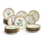 TWELVE ROYAL COPENHAGEN 'FLORA DANICA' RETICULATED DINNER PLATES, 1889-1922