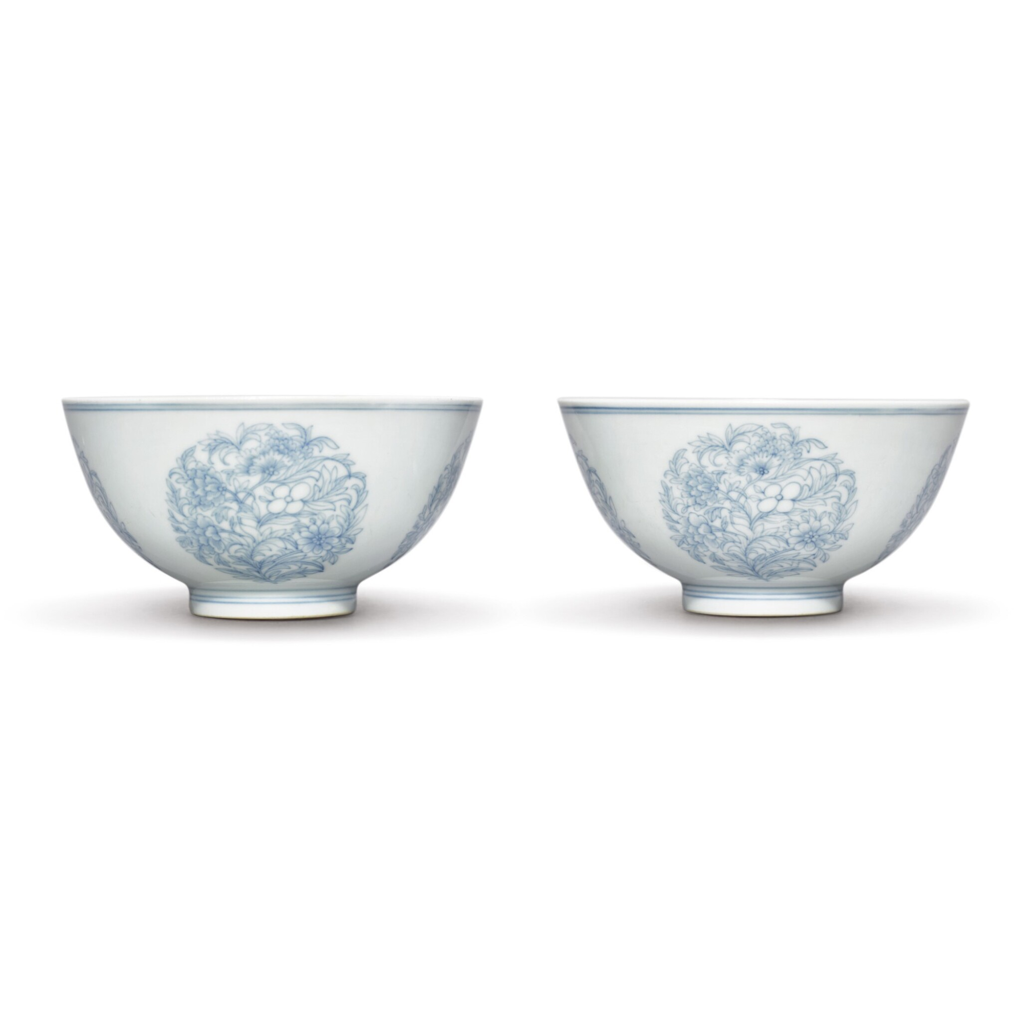 View full screen - View 1 of Lot 547. A PAIR OF FINE BLUE AND WHITE 'FLORAL' MEDALLION BOWLS,  YONGZHENG MARKS AND PERIOD.