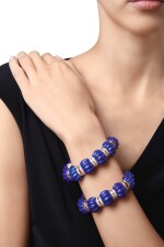 PAIR OF GOLD, LAPIS LAZULI AND DIAMOND BRACELETS, ALETTO BROTHERS | 黃金鑲青金石配鑽石手鏈一對,Aletto Brothers