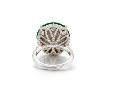 View 4. Thumbnail of Lot 1859. Imperial Green Jadeite and Diamond Ring |  天然「帝王綠」翡翠 配 鑽石 戒指.