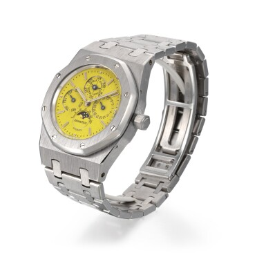 View 2. Thumbnail of Lot 201. AUDEMARS PIGUET | AN EXCEPTIONAL ROYAL OAK PERPETUAL CALENDAR, REFERENCE 25800BC WHITE GOLD PERPETUAL CALENDAR BRACELET WATCH WITH A BRIGHT YELLOW DIAL CIRCA 1996.
