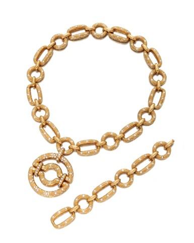 View 3. Thumbnail of Lot 90. Diamond Pendant-necklace (Collana con pendente in diamanti).