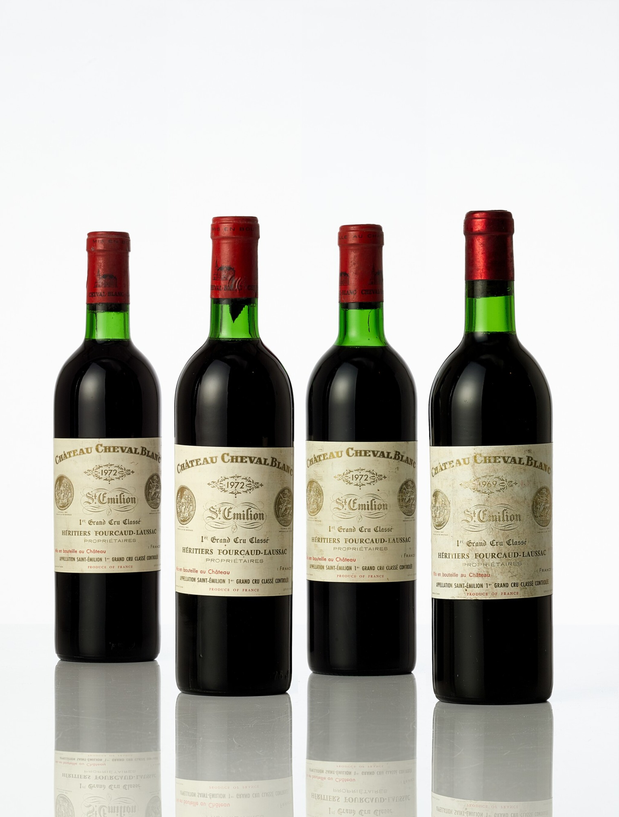 View full screen - View 1 of Lot 3433. Château Cheval Blanc 1969  (1 BT).