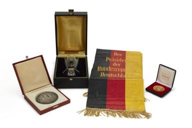 GERMAN CIVIL AWARDS AND DECORATIONS, 1977-1985