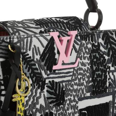 View 5. Thumbnail of Lot 8. Artycapucines Printed Stitched Leather Bag PM in Calfskin Leather and Pink, Black and White Hardware, 2019.
