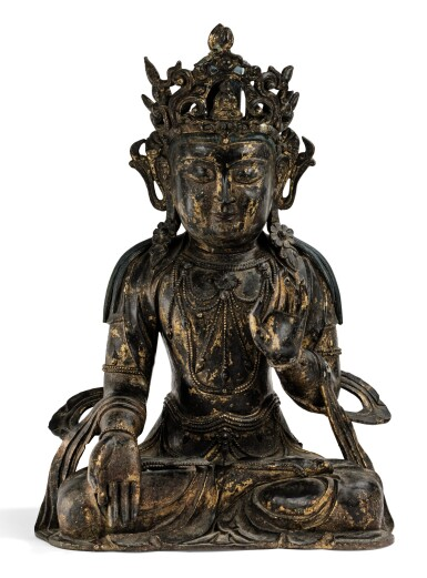 View full screen - View 1 of Lot 182. A LARGE GILT-LACQUERED BRONZE FIGURE OF AVALOKITESHVARA MING DYNASTY, 15TH/16TH CENTURY | 明十五/十六世紀 漆金銅觀音菩薩坐像.