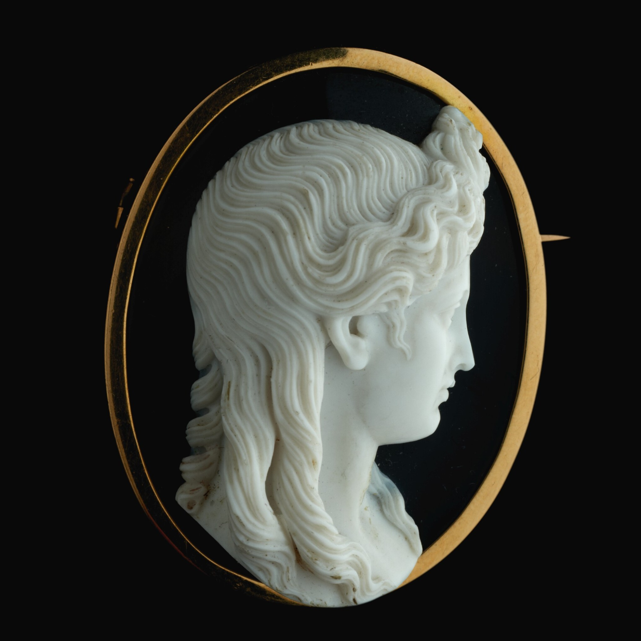 View full screen - View 1 of Lot 59. ATTRIBUTED TO ANGELO (1754-CIRCA 1816) OR NICCOLÒ AMASTINI (1780-1851)  ITALIAN, ROME, EARLY 19TH CENTURY  AFTER THE ANTIQUE | CAMEO WITH APOLLO.