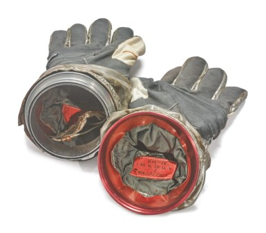 View 3. Thumbnail of Lot 9. GEMINI G2-G PROTOTYPE SPACESUIT GLOVES WITH WORKING FINGER-TIP LIGHTS, MADE FOR ALAN SHEPARD, CA 1963.