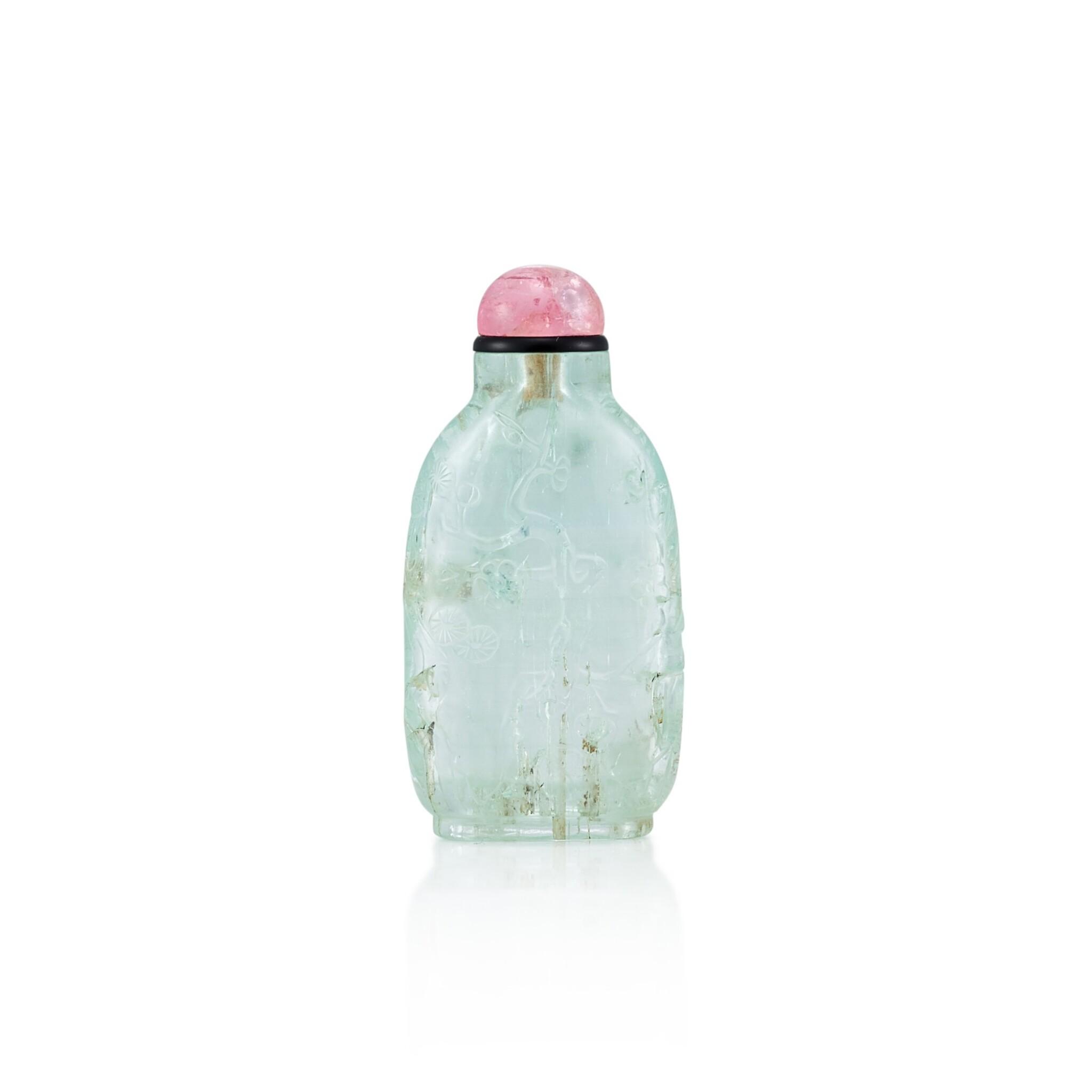 View full screen - View 1 of Lot 3021. An Aquamarine 'Three Friends of Winter' Snuff Bottle Qing Dynasty, 18th - 19th Century | 清十八至十九世紀 海藍寶雕歲寒三友圖鼻煙壺.