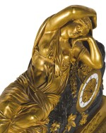 A LARGE GILT AND PATINATED BRONZE SCULPTURAL MANTEL CLOCK DEPICTING CLEOPATRA, FRENCH, CIRCA 1820