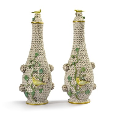 A PAIR OF MEISSEN 'SCHNEBALLEN' BOTTLES AND STOPPERS LATE 19TH CENTURY